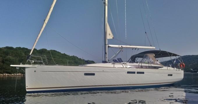 Bootverhuur Jeanneau Sun Odyssey 479 in Skiathos via SamBoat