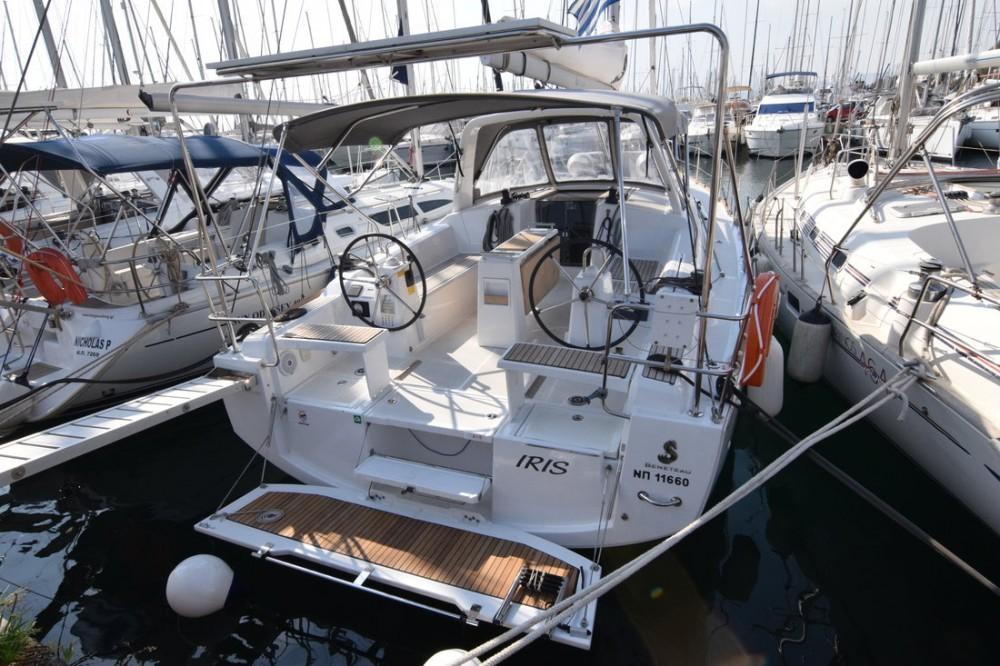 Bootverhuur Peloponnese goedkoop Oceanis 38.1