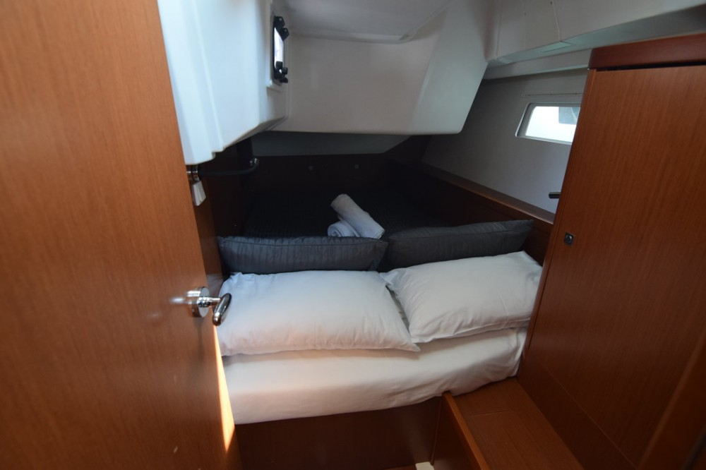 Jachthuur in Attica - Bénéteau Oceanis 41 via SamBoat