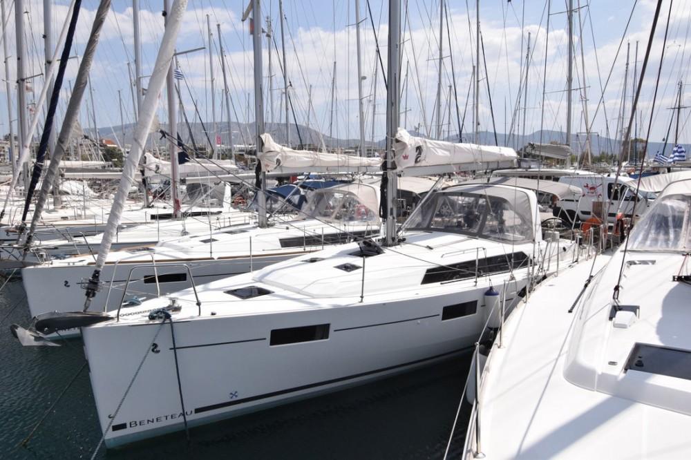 Bénéteau Oceanis 41.1 te huur van particulier of professional in Attica