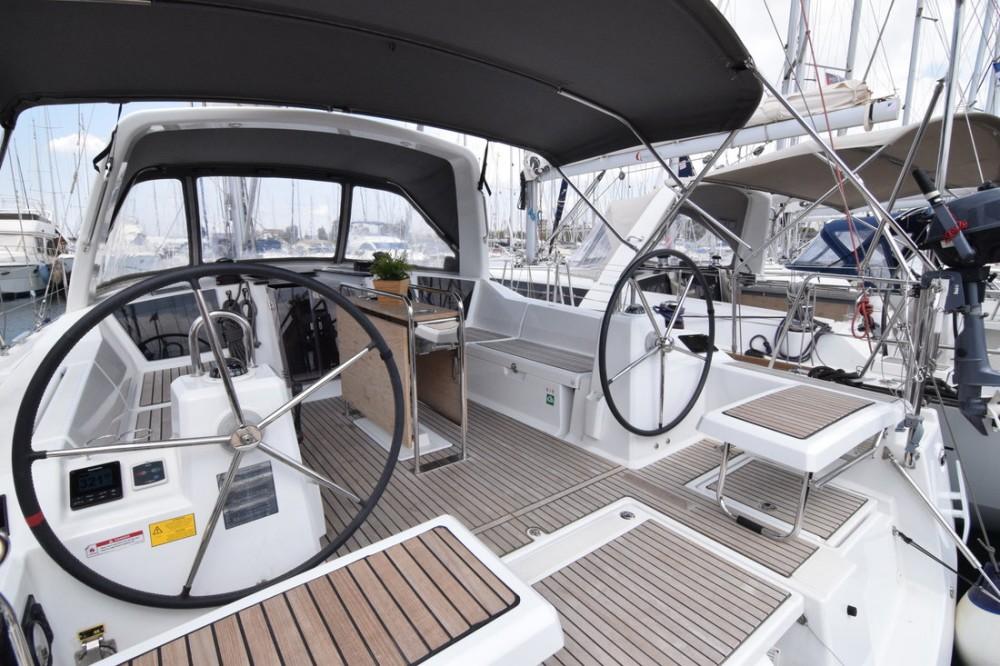 Bootverhuur Bénéteau Oceanis 41.1 in Attica via SamBoat