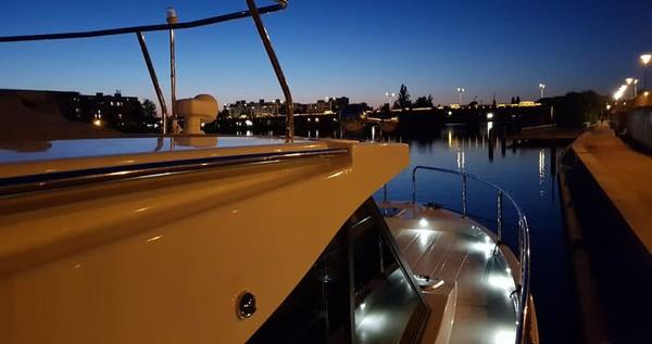 Huur Motorboot met of zonder schipper Futura-Yachts in Kukljica