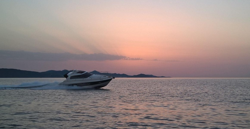 Huur Motorboot met of zonder schipper Elan in Pirovac