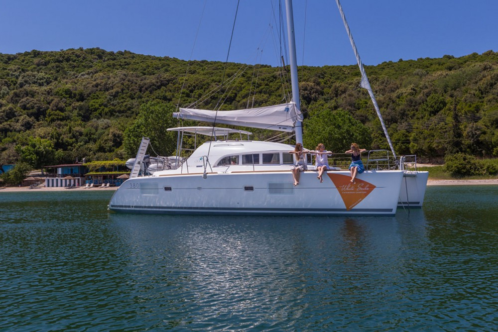 Lagoon Lagoon 380 - 4 + 2 cab. te huur van particulier of professional in Ionian Islands