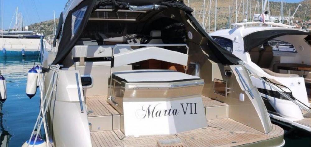 Huur Motorboot met of zonder schipper Grginic-Jahte in