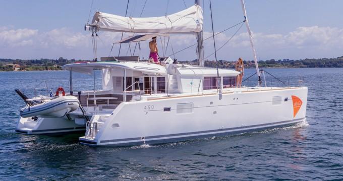 Bootverhuur Ionian Islands goedkoop Lagoon 450 F