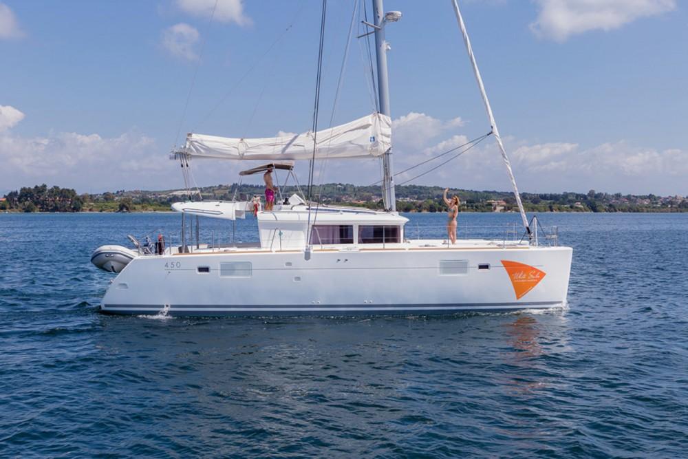 Bootverhuur Peloponnesos, West-Griekenland en Ionische Eilanden goedkoop Lagoon 450 - 4 + 2 cab.