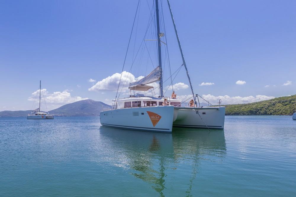 Lagoon Lagoon 450 - 4 + 2 cab. te huur van particulier of professional in Peloponnesos, West-Griekenland en Ionische Eilanden