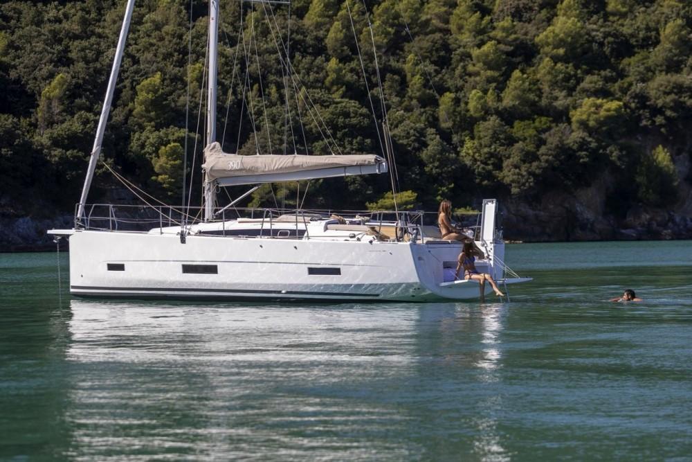 Jachthuur in Kroatië - Dufour Dufour 390 GL via SamBoat