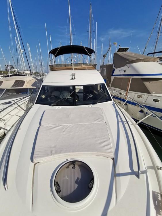 Princess-Yachts Princess 42 Fly te huur van particulier of professional in Podstrana