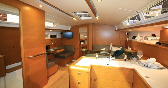 Bootverhuur Jeanneau Sun Odyssey 449 in Sukošan via SamBoat