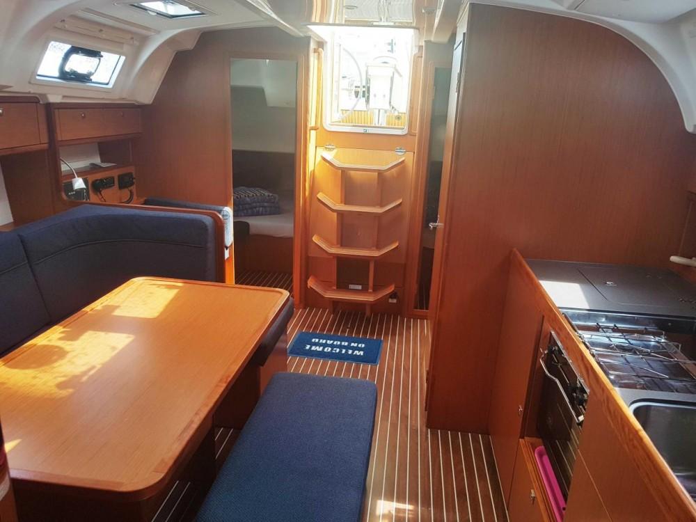 Jachthuur in Split - Bavaria Bavaria Cruiser 41 - 3 cab. via SamBoat