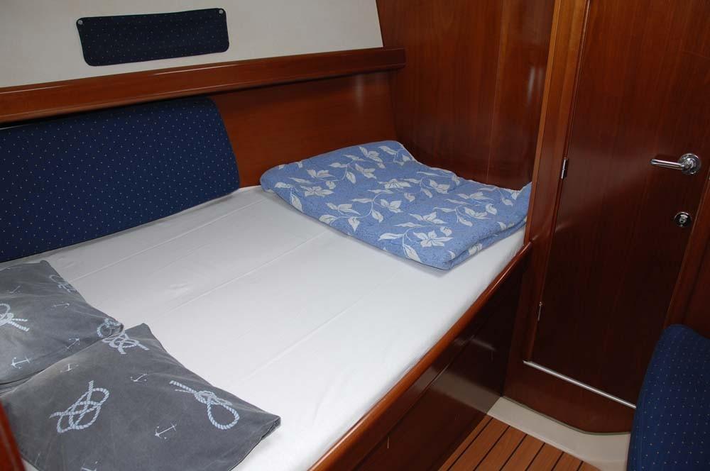 Bootverhuur Split goedkoop Oceanis Clipper 393