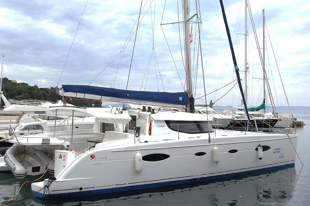 Huur een Fountaine Pajot Salina 48 in Split