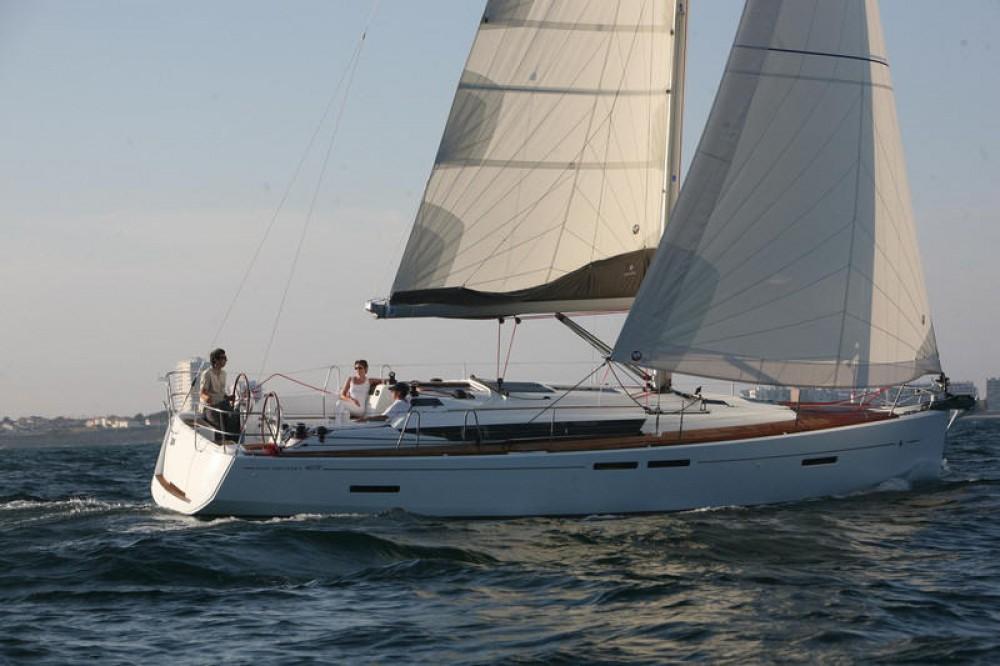 Bootverhuur Jeanneau Sun Odyssey 409 in Peloponnese via SamBoat