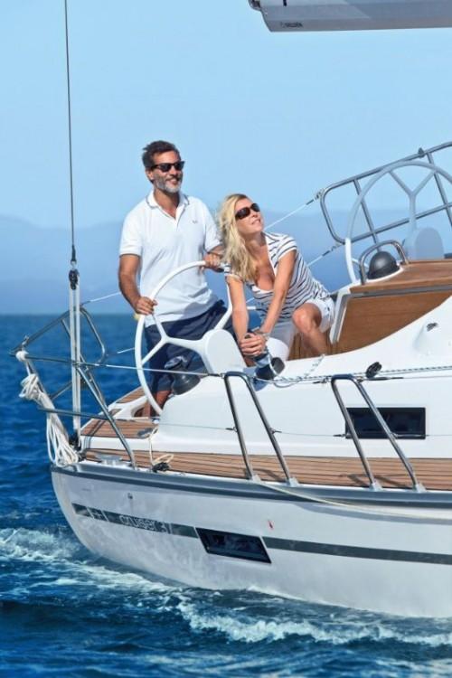 Bootverhuur Bavaria Cruiser 37 in Peloponnese via SamBoat