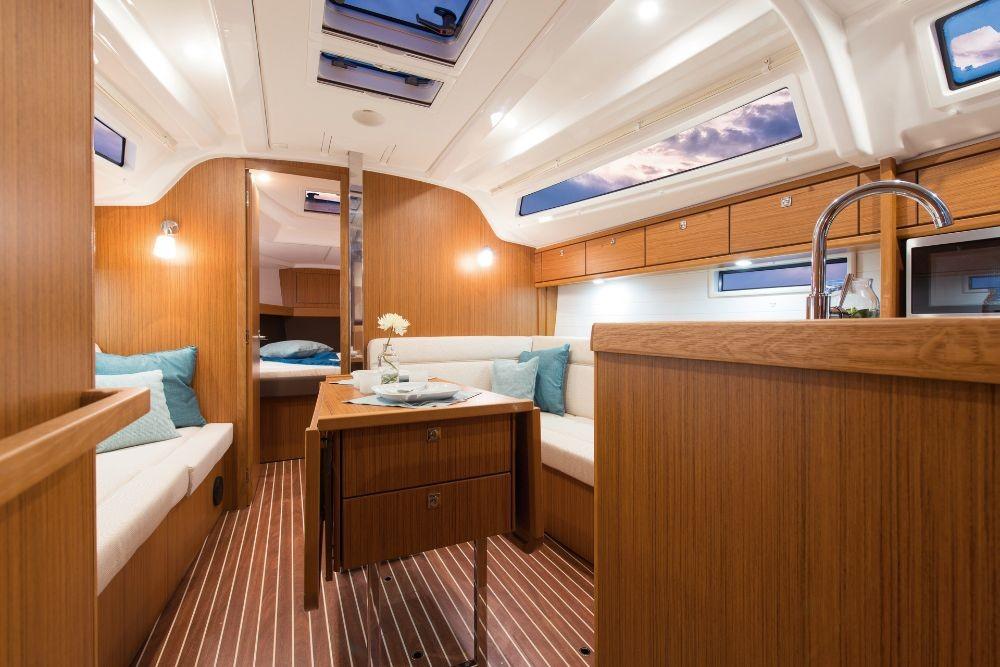 Verhuur Zeilboot in Peloponnese - Bavaria Cruiser 37
