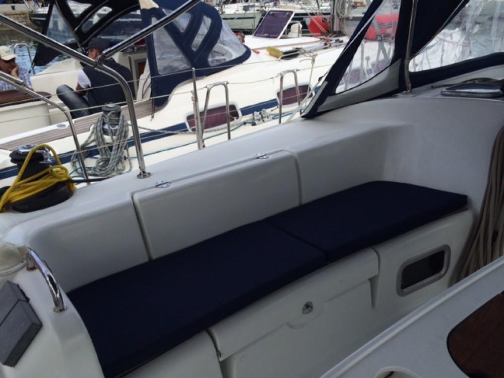 Huur Zeilboot met of zonder schipper Bénéteau in Péloponnèse