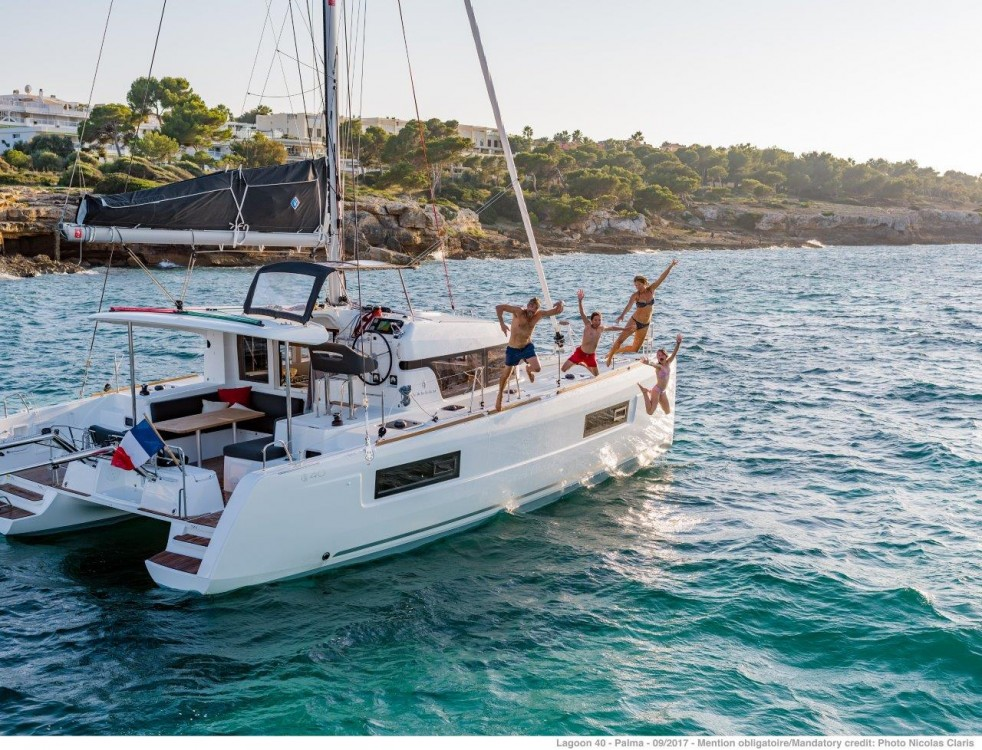 Jachthuur in Peloponnese - Lagoon Lagoon 40 - 4 + 2 cab  via SamBoat