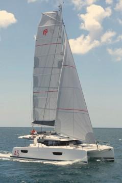 Huur Catamaran met of zonder schipper Fountaine Pajot in Lávrio
