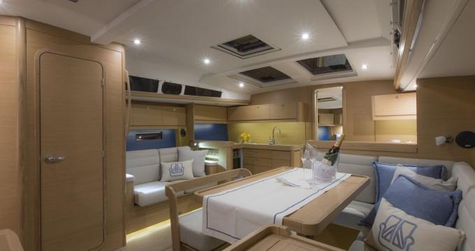 Verhuur Zeilboot in Marina di Portorosa - Dufour Dufour 460 Grand Large