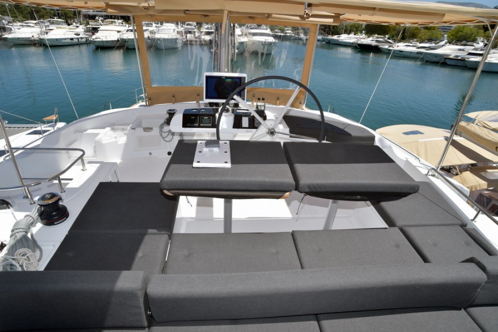 Lagoon Lagoon 52 te huur van particulier of professional in Nassau