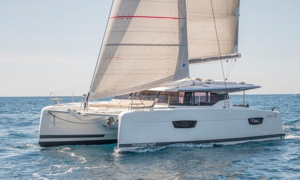 Verhuur Catamaran in Road Town - Fountaine Pajot Astrea 42