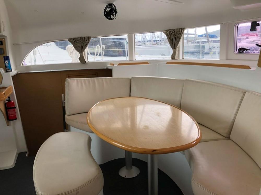 Bootverhuur Gros Islet goedkoop Lagoon 380