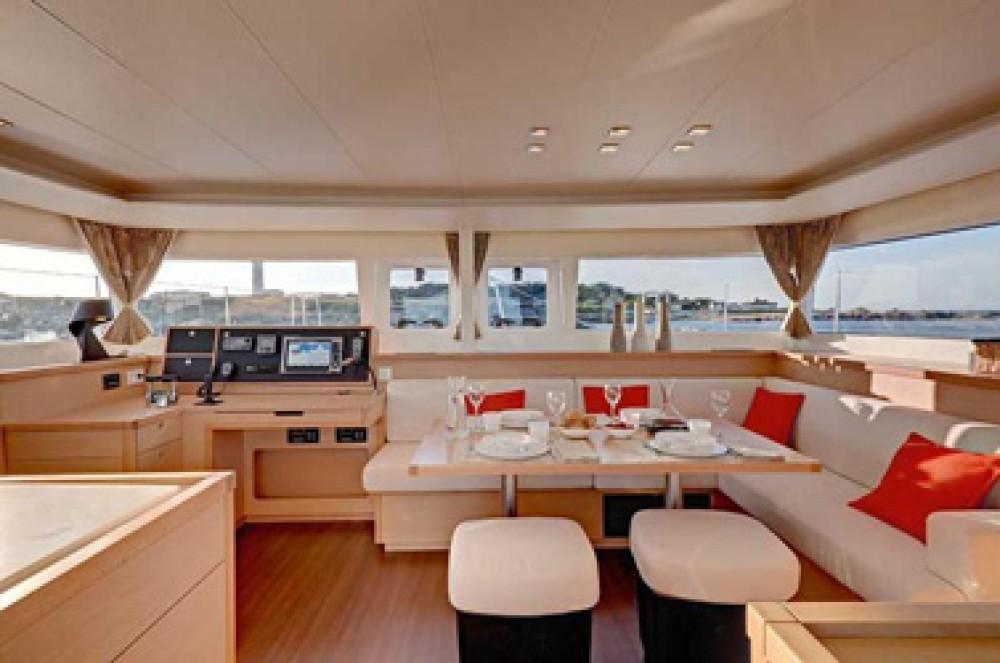 Huur Catamaran met of zonder schipper Lagoon in Sint Maarten (Frankrijk)