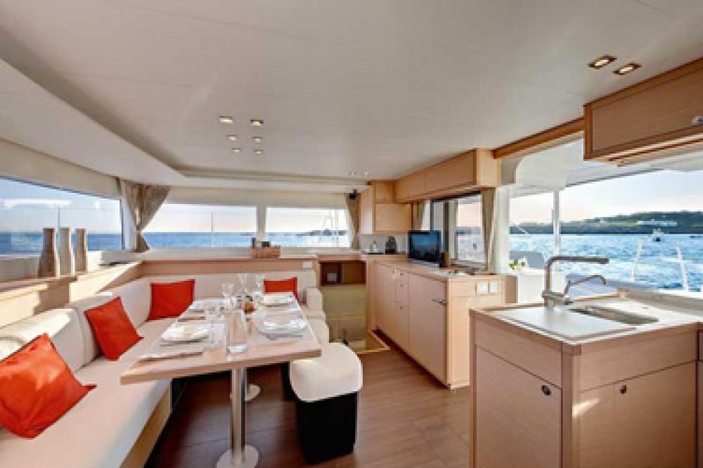 Catamaran te huur in Sint Maarten (Frankrijk) voor de beste prijs