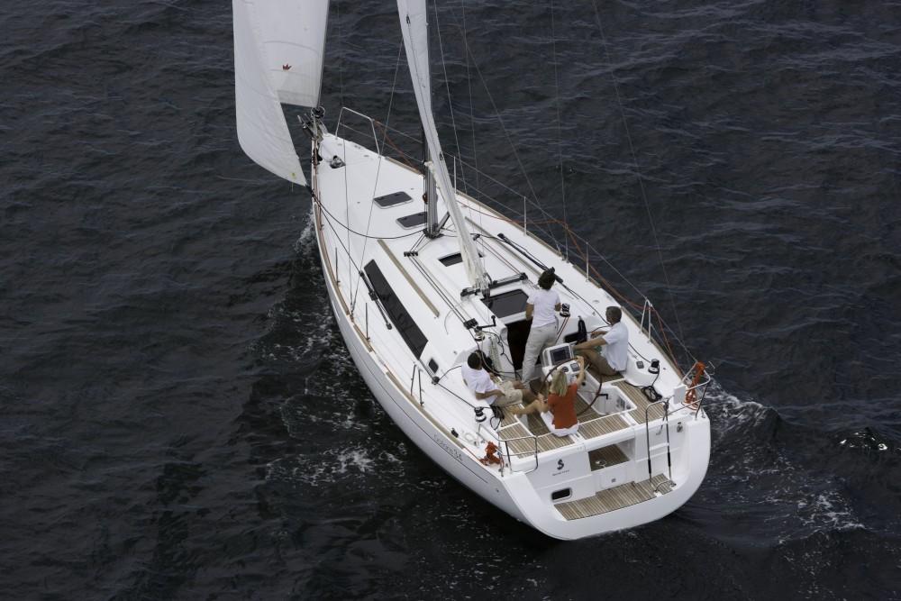 Verhuur Zeilboot in La Rochelle - Bénéteau Oceanis 34