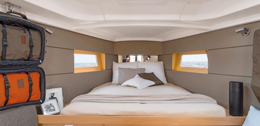 Verhuur Zeilboot in La Rochelle - Bénéteau Oceanis 38