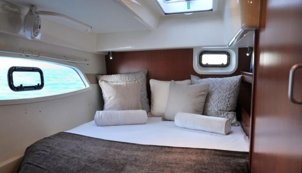 Huur Catamaran met of zonder schipper Robertson-Caine in Palma