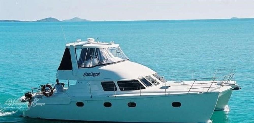 Bootverhuur Airlie Beach goedkoop Conquest 44
