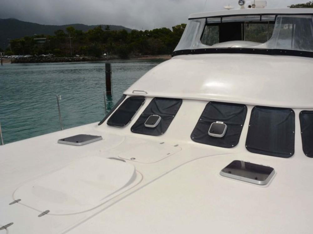 Verhuur Catamaran Boston Whaler met vaarbewijs