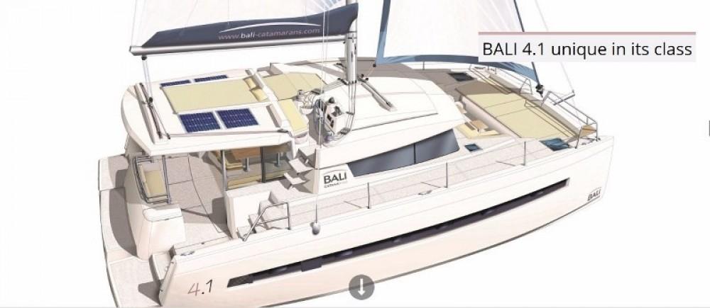 Huur Catamaran met of zonder schipper Bali Catamarans in Nouméa