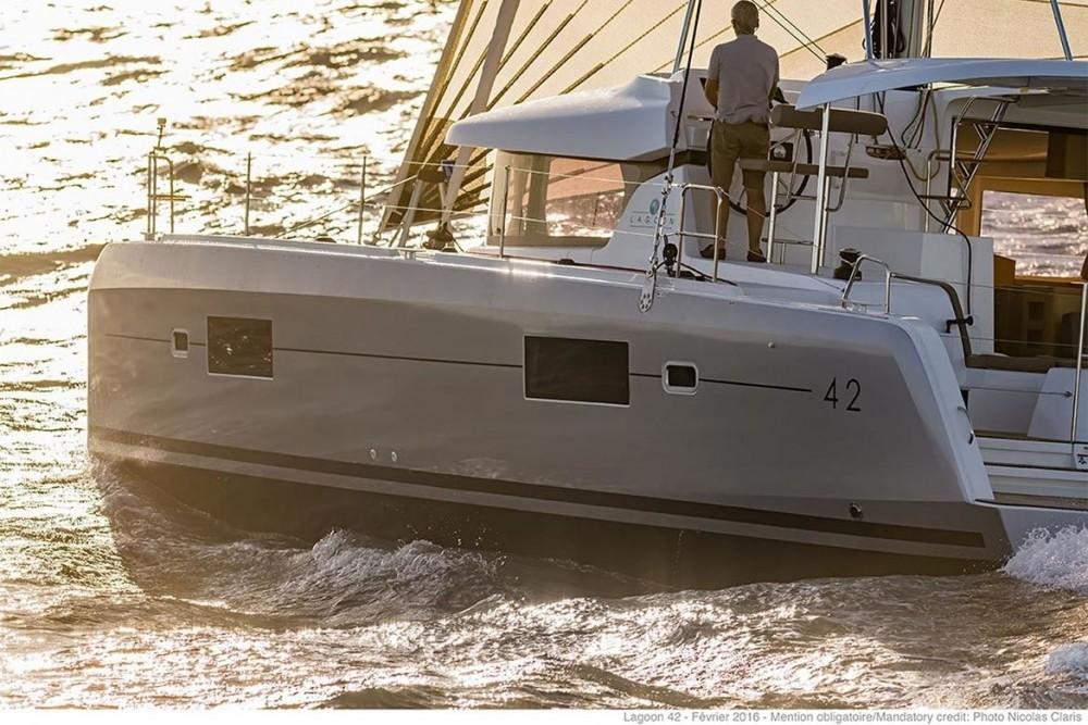 Verhuur Catamaran in Peloponnese - Lagoon Lagoon 42