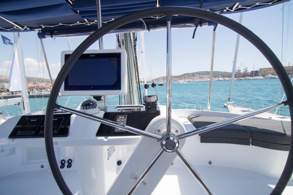 Verhuur Catamaran in Tortola - Lagoon Lagoon 52 F - 6 + 1 cab.