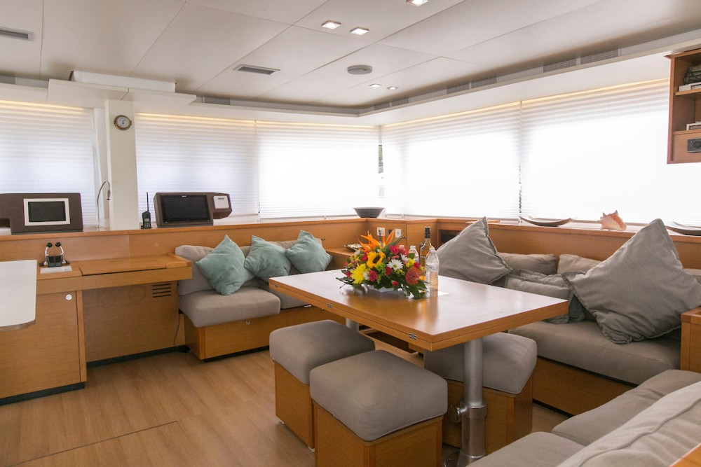 Lagoon Lagoon 560 S2 - 5 cab. te huur van particulier of professional in Tortola