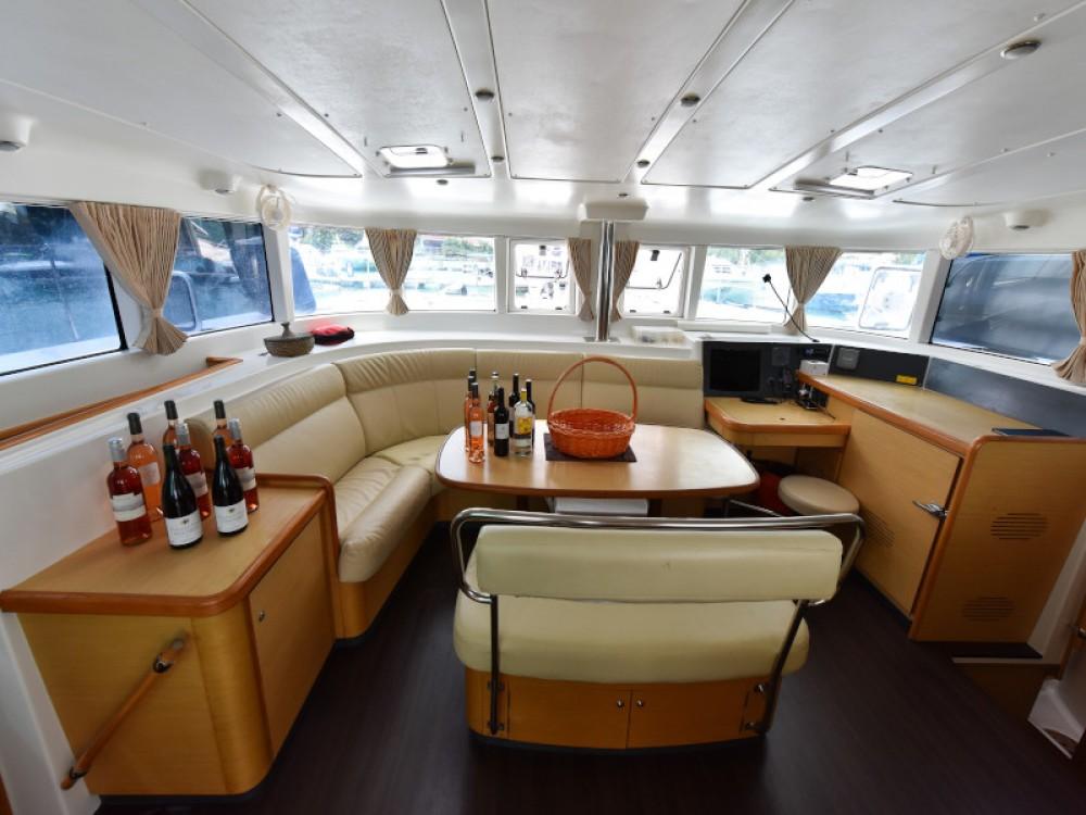Bootverhuur Victoria goedkoop Lagoon 440