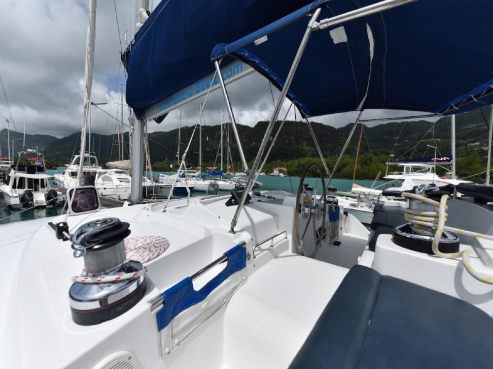 Verhuur Catamaran in Victoria - Lagoon Lagoon 440