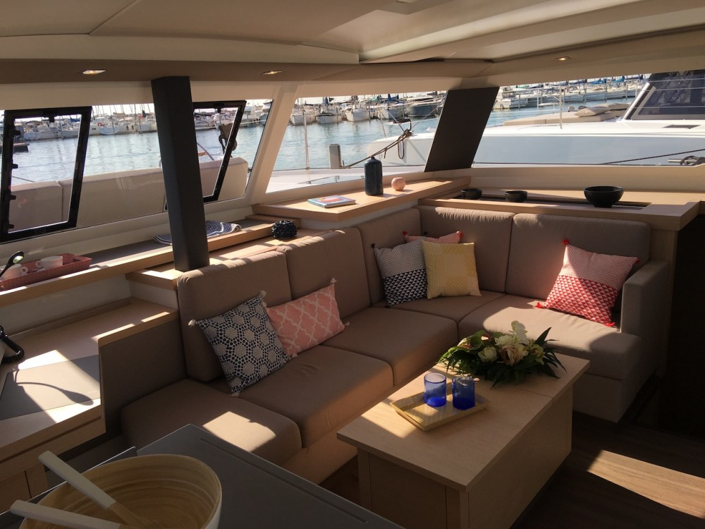 Verhuur Catamaran in Slano - Fountaine Pajot Astrea 42