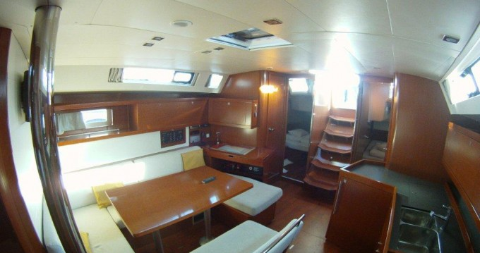 Verhuur Zeilboot in  - Bénéteau Oceanis 45
