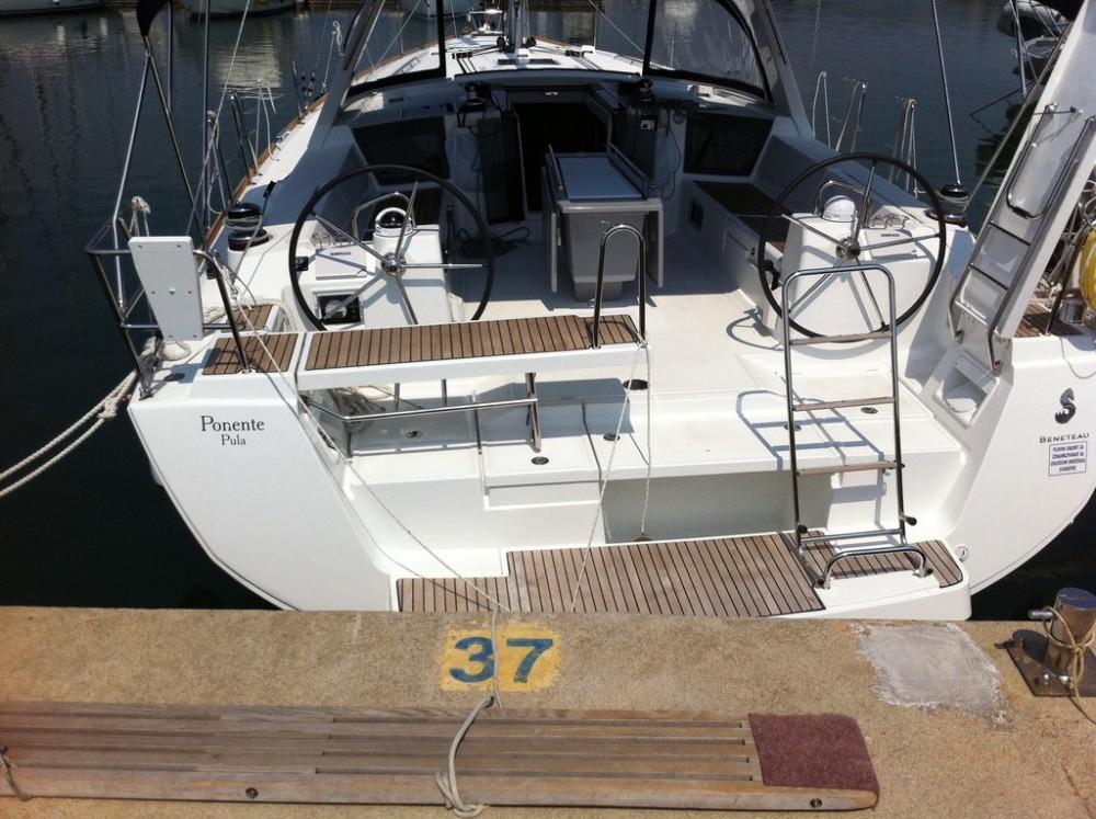 Bootverhuur Komolac goedkoop Oceanis 45