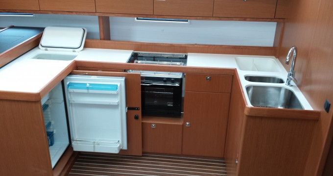 Verhuur Zeilboot in  - Bavaria Bavaria Cruiser51