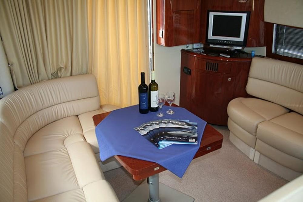 Bootverhuur Fairline Fairline Phantom 40 in Šibenik via SamBoat