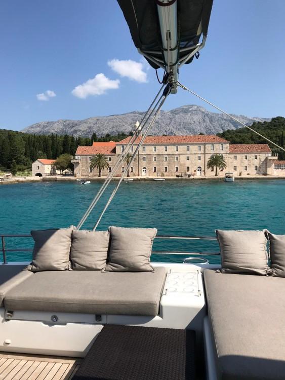 Lagoon Lagoon 560 te huur van particulier of professional in Kaštel Gomilica