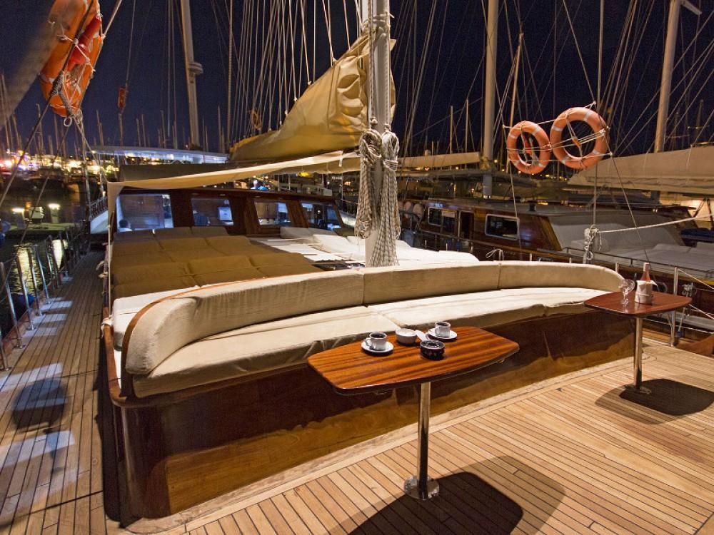 Jachthuur in Greece -  Gulet Hemera via SamBoat