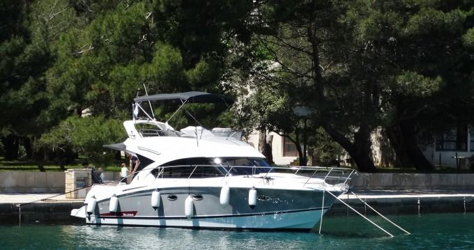 Bénéteau Antares 36 Fly te huur van particulier of professional in Rovinj
