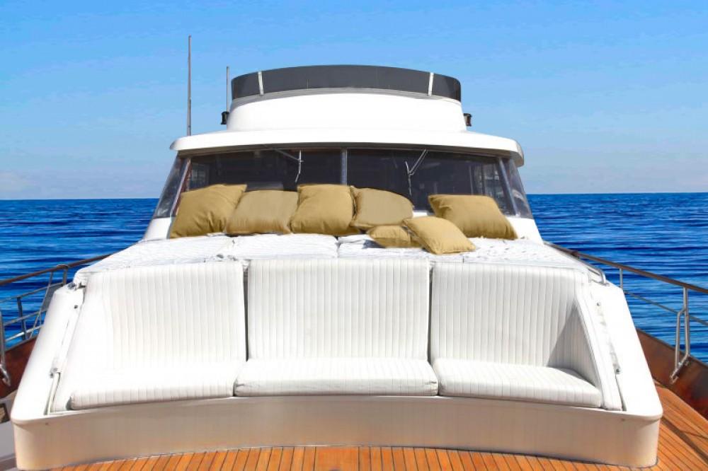 Bootverhuur Marina di Portisco goedkoop Pegasus 80
